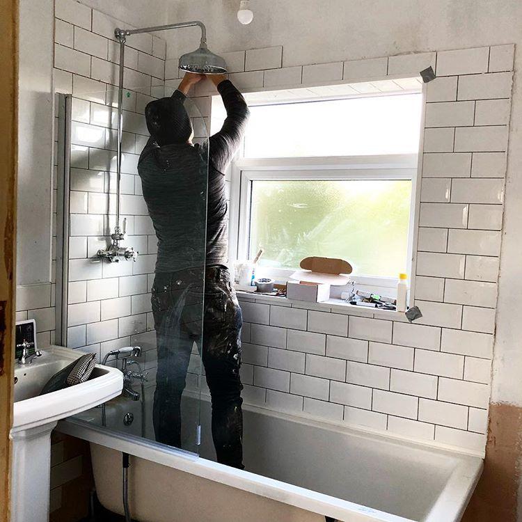 Aktivitas Renovasi Rumah, sumber ig four1six_1930s_semi_reno