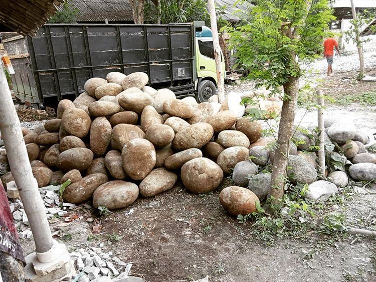 Material Bangunan Batu Kali, sumber ig agdhira_onyx